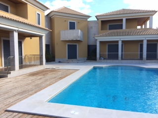 Olhos d Agua €829,000Bank RepossessionDetached villa with 4 beds, 5 baths, swimming pool & gardens…