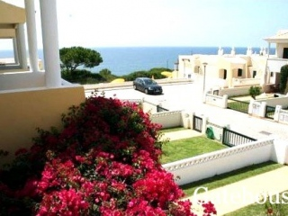 Carvoeiro €247,000Bank RepossessionLinked villa with 2 beds, 2 baths with garden & sea views…