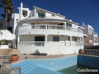 Albufeira €450,000Bank RepossessionSea view detached villa with 4 beds, 5 baths & a swimming pool…