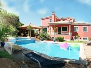Almancil €785,000Reduced By €155,000Detached villa with 5 beds, 5 beds with pool in Fonte Algarve..
