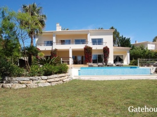 Carvoeiro €1.35 MillBank RepossessionDetached 4 bed 4 bath 370m2 villa with a swimming pool…