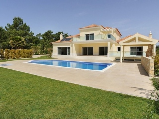 Quinta do Lago €1.85 MillBank RepossessionNew 6 bed villa with indoor & outdoor pool & spa facilities..