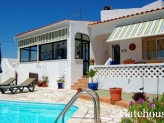 Carvoeiro €260,000Bargain PropertyDetached villa with 3 beds, 3 baths, swimming pool & 1,200m2…