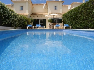 Almancil €345,000Bargain PropertyTownhouse with 3 beds, 3 baths & own swimming pool…