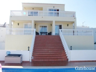 Carvoeiro €340,000Bargain PropertyDetached 3 bed 3 bath villa with swimming pool & country views…