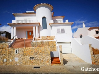 Castro Marim €450,000Bank RepossessionDetached villa with 3 beds & 3 baths, garage plus a swimming pool…
