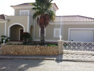 Vale do Lobo €870,000Bank RepossessionDetached new villa with 4 beds, 5 baths, pool in The Village…