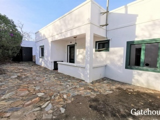 Olhao €280,000Bank RepossessionDetached villa with 4 beds & 3 baths with a swimming pool…